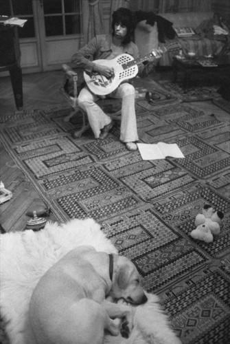Dominique Tarlé Keith Richards et le chien