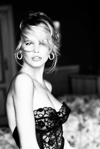 Claudia Schiffer pour Guess Jeans Ellen Von-Unwerth