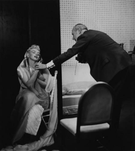 Ed Feingersh Marilyn & Cecil Beaton, Ambassador Hotel, NY, 1956