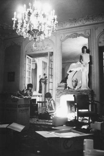 Dominique Tarlé Les cartons, Villa Nellcôte, Villefranche sur Mer, 1971