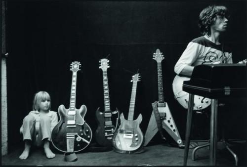 Dominique Tarlé jake mick guitars