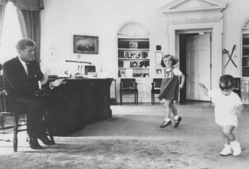 John Fitzgerald Kennedy et les enfants
