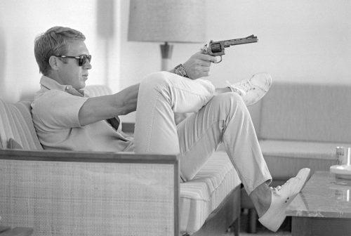 Steve McQueen, Los Angeles,1963 (© JOHN DOMINIS/LIFE/ La Galerie de l'Instant)