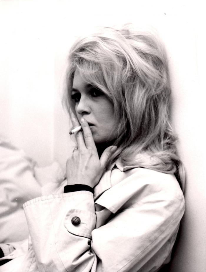 Brigitte bardot blonde with big butt nude sunbathing le mepris 1963 - 5 4