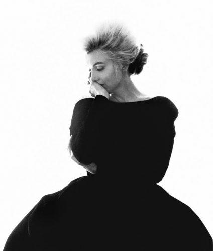 Marilyn Monroe, La Dernière Séance, Robe Christian Dior, Bel Air Hotel, Beverly Hills, Juillet 1962, bert stern (©bert stern, courtesy Galerie de l'Instant, Paris)