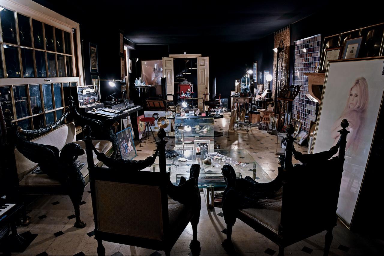 Serge Gainsbourg, 5 bis rue de Verneuil   La Galerie de L'Instant