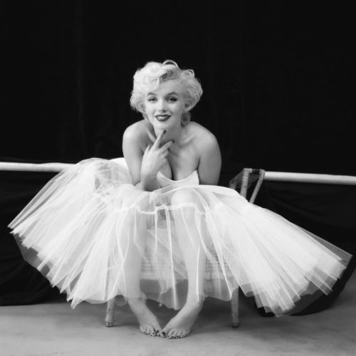 MARILYN MONROE, THE BALLERINA SITTING NEW YORK, 1954