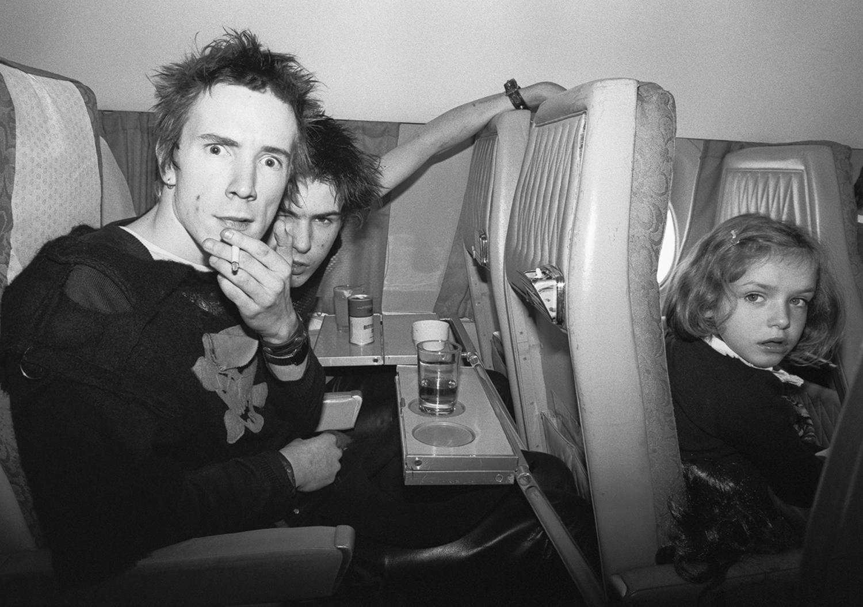 BOB GRUEN - JOHNNY ROTTEN & SID VICIOUS, THE SEX PISTOLS, 1977