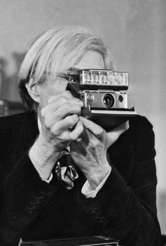 Andy Warhol NYC, 1974 (©JEAN-PIERRE LAFFONT/ LA GALERIE DE L'INSTANT)