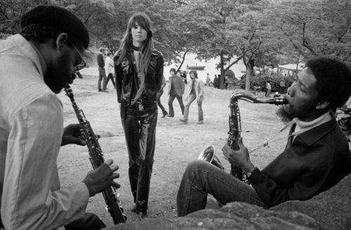 Françoise Hardy à Central Park NYC, mai 1969 (©JEAN-PIERRE LAFFONT/ LA GALERIE DE L'INSTANT)