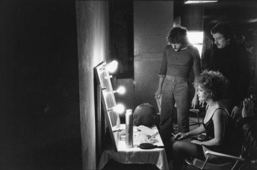 ROMY SCHNEIDER SUR LE TOURNAGE DE L'IMPORTANT C'EST D'AIMER MISE EN SCÈNE PAR ANDRZEJ ZULAWSKI, 1974 (©GEORGES PIERRE, COURTESY LA GALERIE DE L'INSTANT, PARIS)